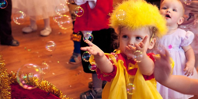 Новый год сценарии для детей детского сада