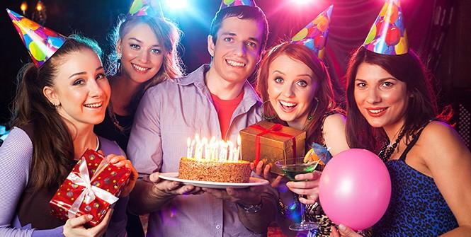 Веселые сценки для дня рождения взрослых