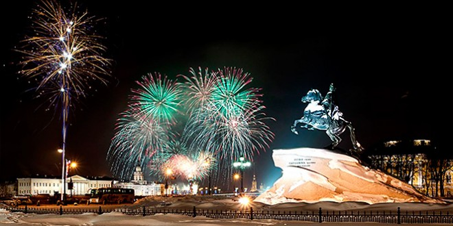 стоит ли ехать в санкт-петербург на новый год 2016