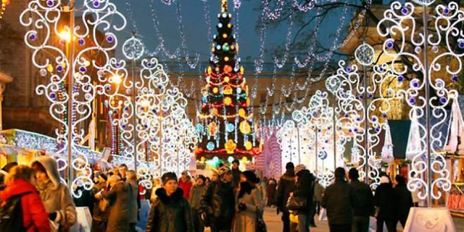 где в москве встретить новый год на улице