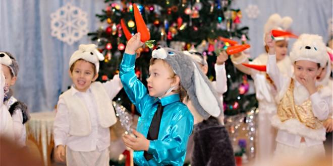 сценки на новый 2016 год в детском саду