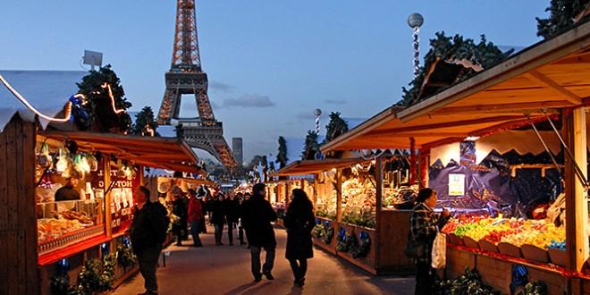 где встретить новый год в париже 2016