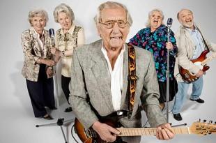 прикольные сценки для проводов на пенсию мужчины
