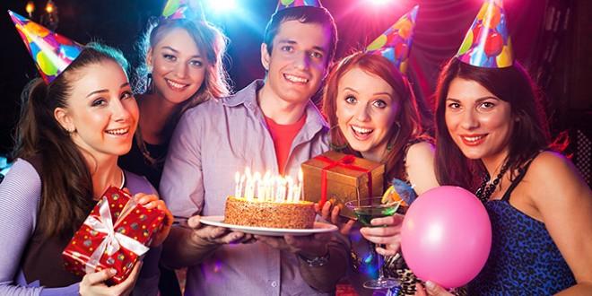 поздравительная сценка с днем рождения для взрослых и детей
