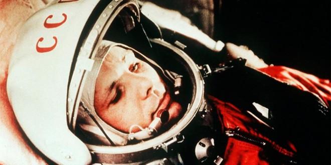 как появился праздник день космонавтики