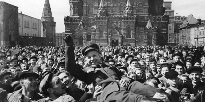 как праздновали день победы 9 мая 1945 года