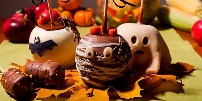 черные яблоки в карамели на хэллоуин