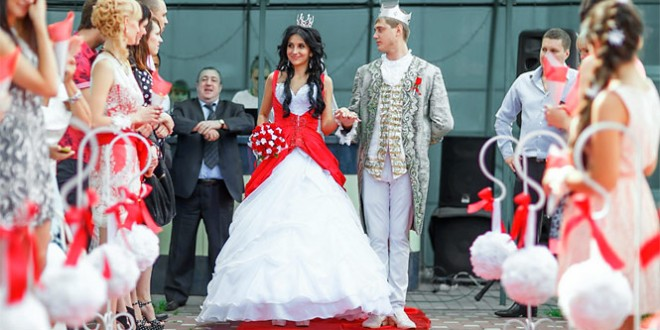 сценарий королевской свадьбы